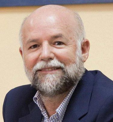 """Luis Ortigosa :"""" Los movimientos antivacunas lo que difunden son mitos y falsedades"""""""